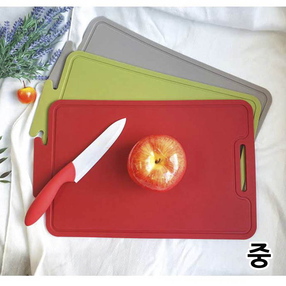 비비또 칼집이 나지 않는 향균 실리콘 도마 (중)